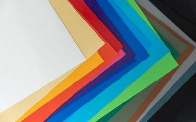 ผ้าใบกันสาด : วิธีการเลือกสีผ้าใบกันสาดคูนิลอนสำหรับผ้าใบชักรอกและผ้าใบมือหมุนแนวดิ่ง